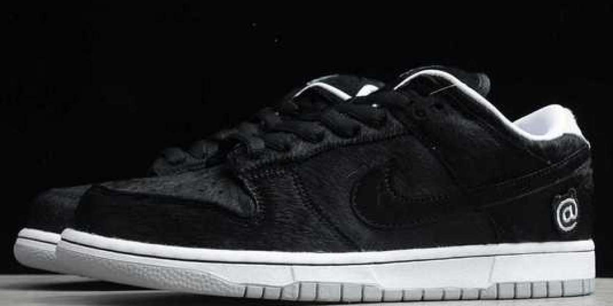 "Medicom Toy x Nike SB Dunk Low ""BE@RBRICK"" CZ5127-001 For Sale Online"