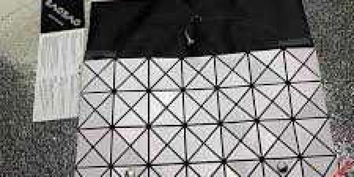 Paper Bag Albums - Building Scrapbooks With Secrets