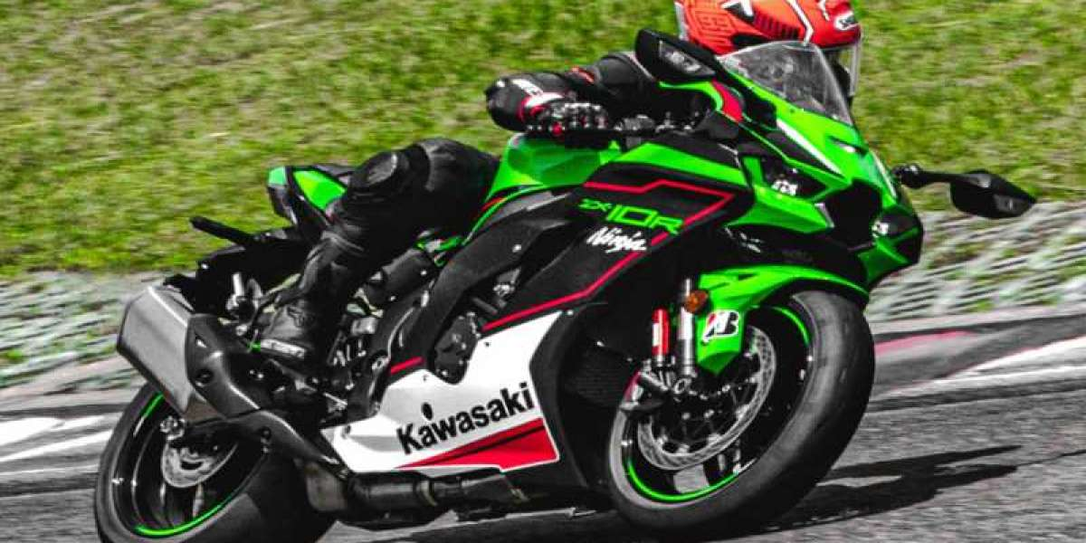 The Kawasaki ZX-10R on the track
